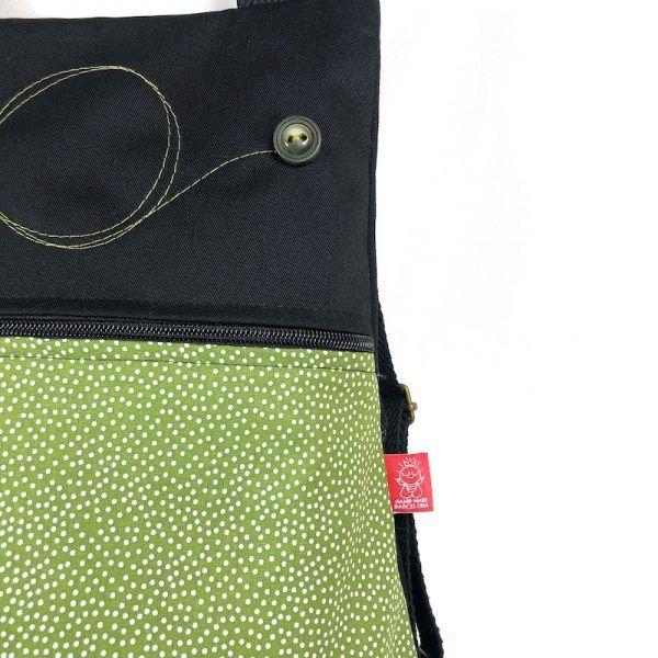 mochila hecha a mano topos detalle