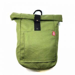 mochila enrollable hecha a mano