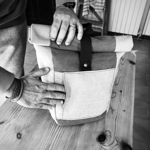 mochila sostenible enrollable hecha a mano