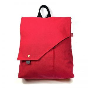 mochila roja hecha artesanalmente- Pasión