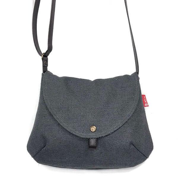bolso pequeño hecho a mano la bicha creativa- Marina