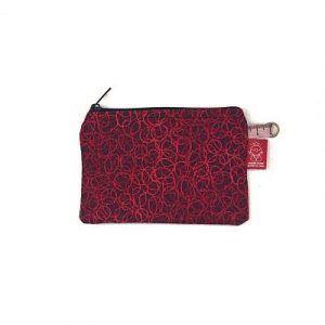 monedero de tela rojo hecho a mano en Barcelona la bicha creativa